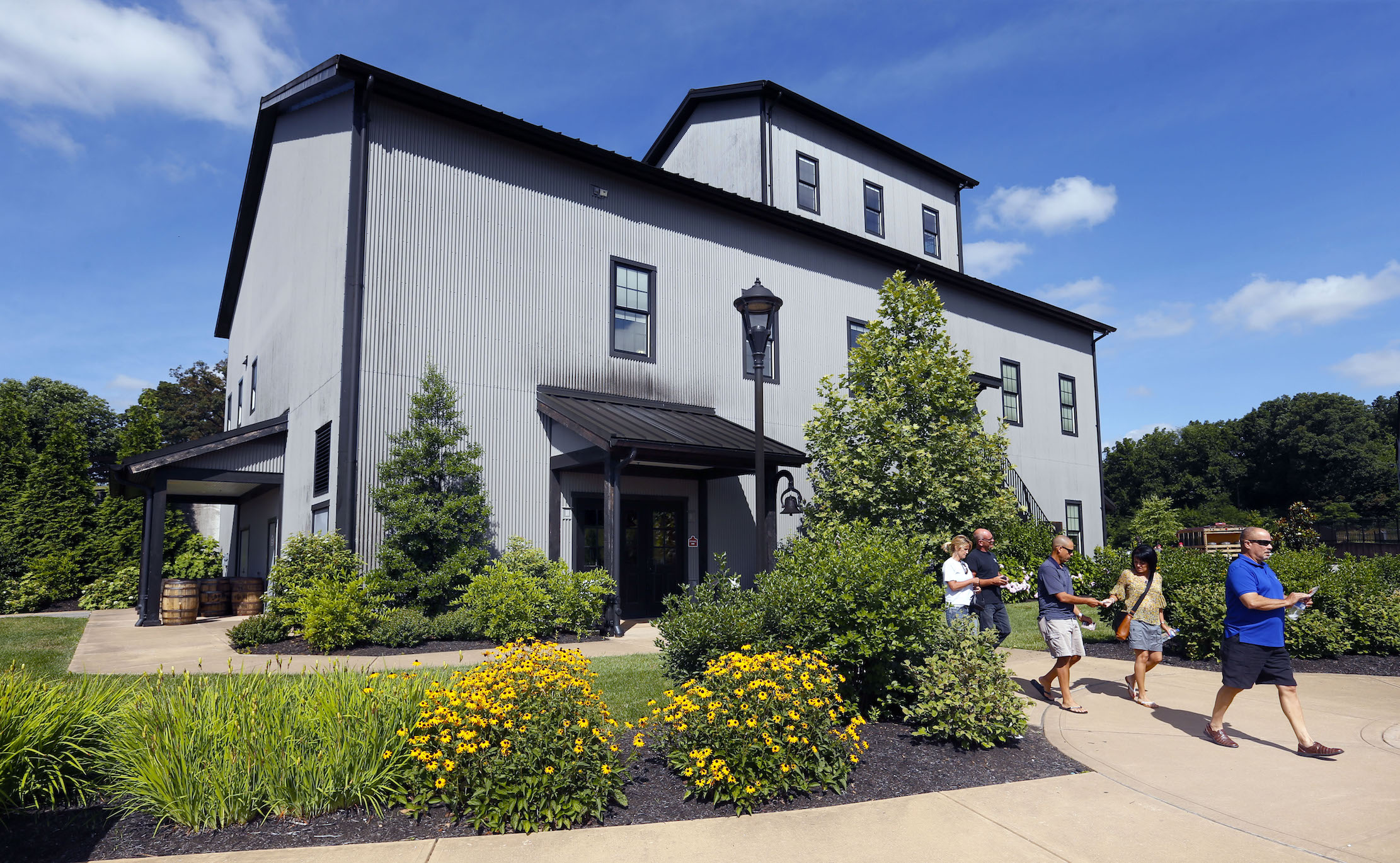 Jim Beam Distillery is a 30-minute drive south from Louisville and welcomes more than 200,000 visitors on an annual basis.